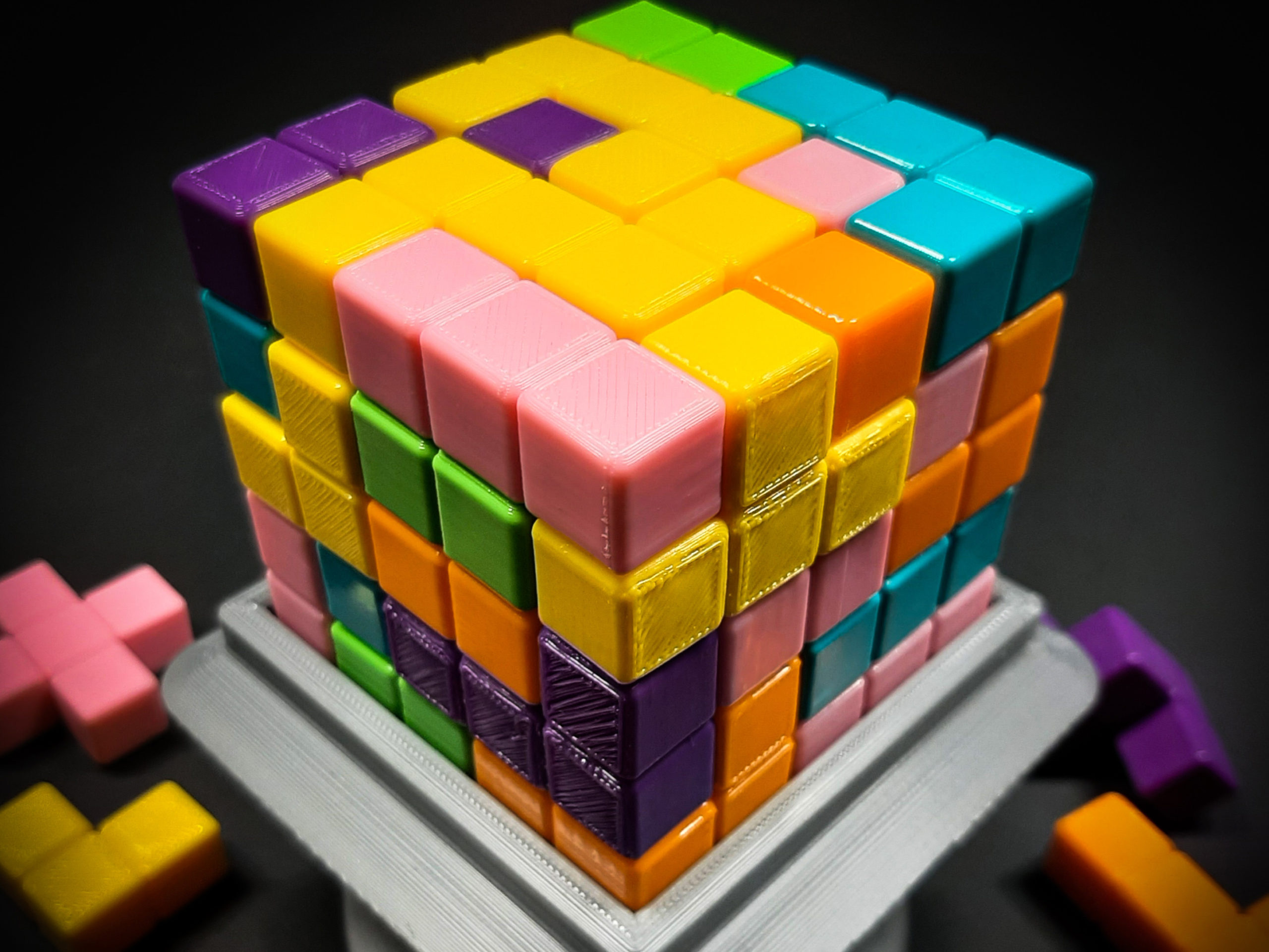 Blokk! Build the perfect cube